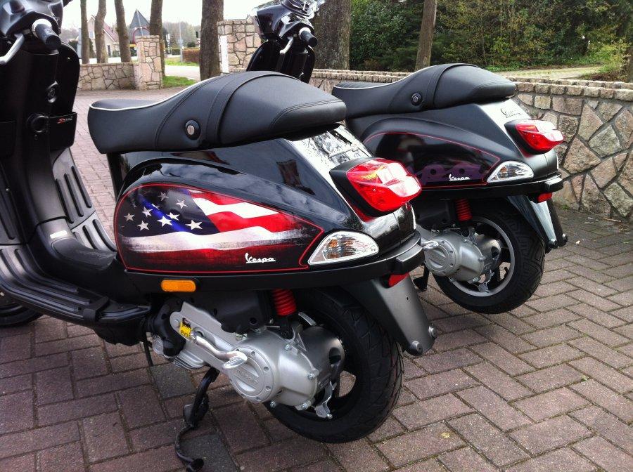 Stickersets Vespa voor decoratie of om valschade te camoufleren - Hier vind u mooie fotos van de door ons gedecoreerde scooters en (race)motors