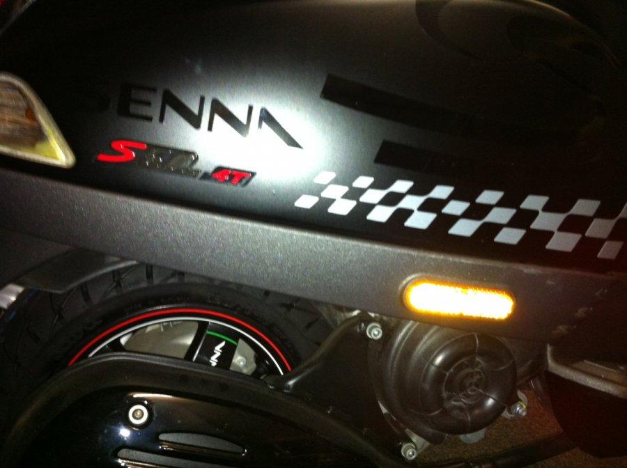 - Hier vind u mooie fotos van de door ons gedecoreerde scooters en (race)motors